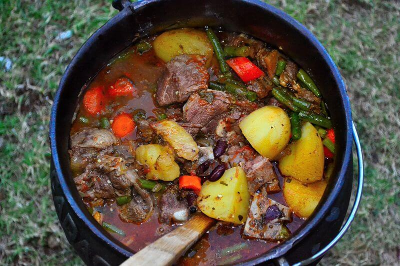 The Spicy Buck – A Venison Potjie